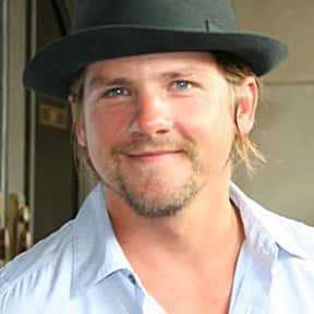 Zachary Knighton is listed (or ranked) 19 on the list Full Cast of Surfer Dude Actors/Actresses