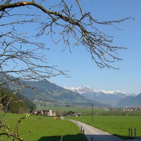Zillertal is listed (or ranked) 25 on the list The Best Places to Go Hang Gliding