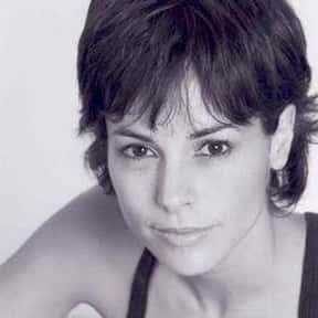 Stephanie Szostak is listed (or ranked) 16 on the list Full Cast of The Rebound Actors/Actresses