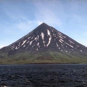 Mount Cleveland is listed (or ranked) 4 on the list Volcanoes in the United States