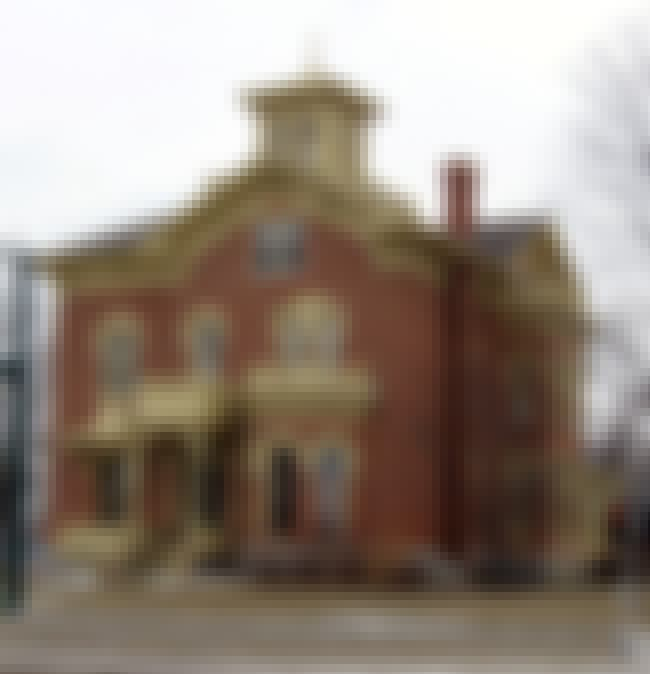 Close House is listed (or ranked) 4 on the list List of Famous Iowa City Buildings & Structures