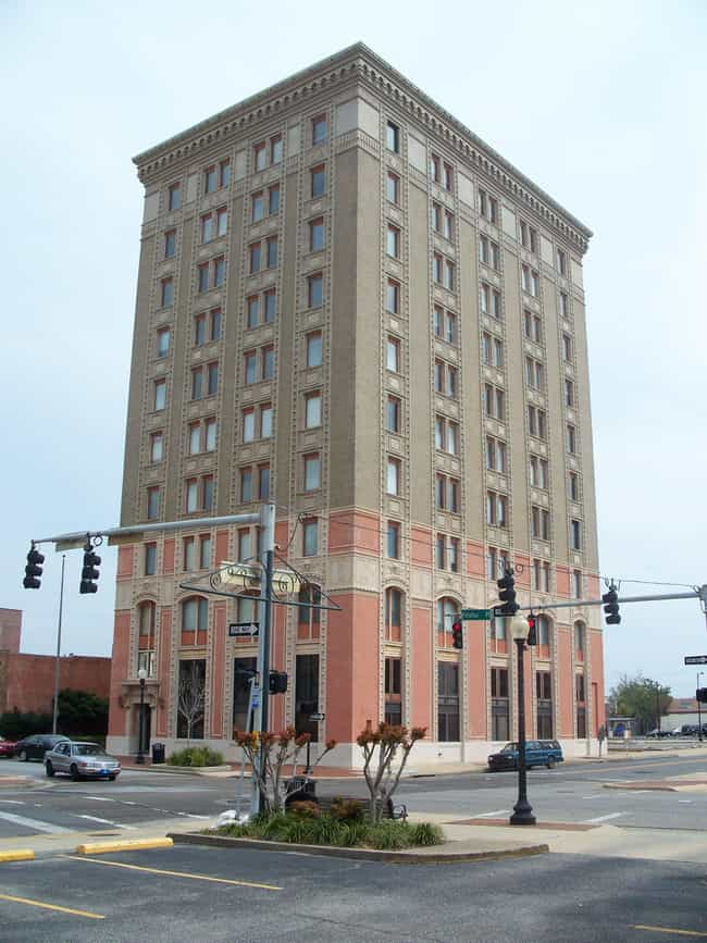 American National Bank Buildin... is listed (or ranked) 1 on the list List of Famous Pensacola Buildings & Structures