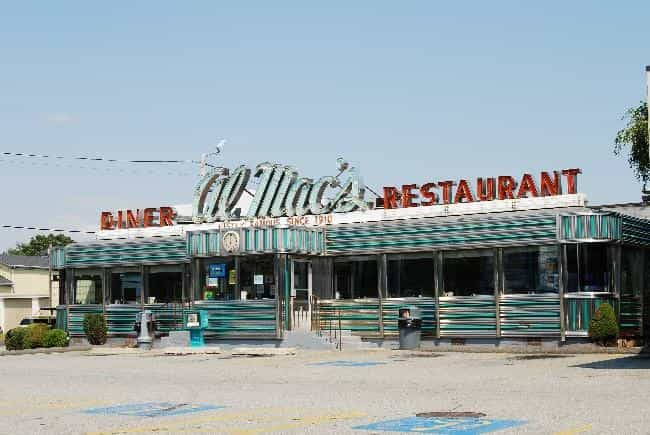 Al Mac's Diner-Restauran... is listed (or ranked) 3 on the list Fall River Architecture: Famous Landmarks and Buildings