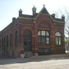 Anheuser-Busch Beer Depot is listed (or ranked) 8 on the list Famous Romanesque Revival Architecture Buildings