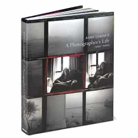 Annie Leibovitz: A Photographer's Life, 1990—2005