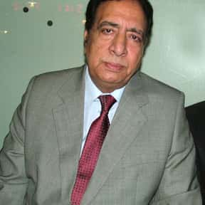 Ata ul Haq Qasmi is listed (or ranked) 15 on the list Famous Journalists from Pakistan