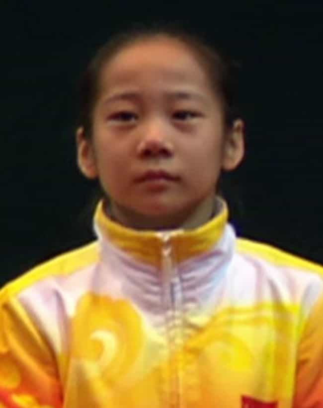 Deng Linlin is listed (or ranked) 3 on the list Famous Gymnasts from China