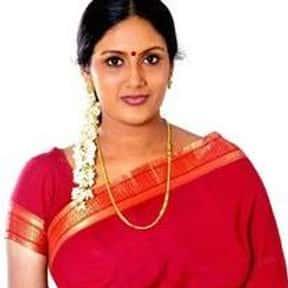 Devadarshini is listed (or ranked) 11 on the list Full Cast of Enakku 20 Unakku 18 Actors/Actresses
