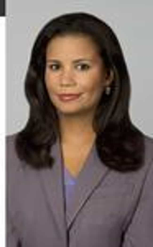 Lisa Sylvester is listed (or ranked) 3 on the list Famous Female TV News Anchors