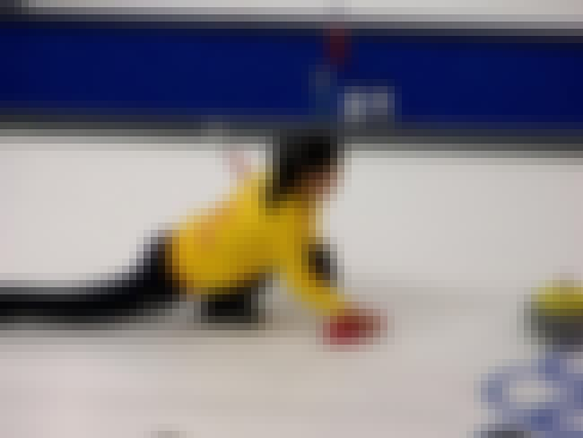Liu Jinli is listed (or ranked) 5 on the list List of Famous Curlers