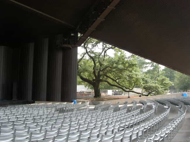 Miller Outdoor Theatre is listed (or ranked) 4 on the list Famous Corinthian order buildings