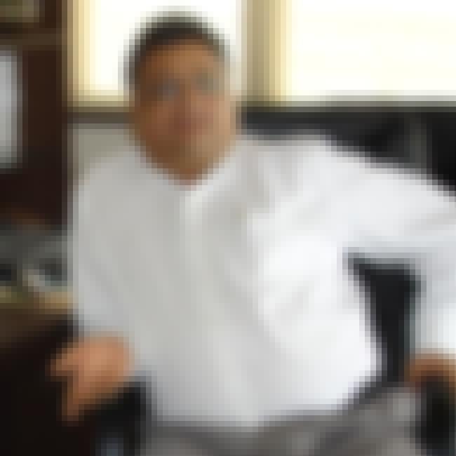 Rakesh Jhunjhunwala is listed (or ranked) 4 on the list Famous Male Stock Traders