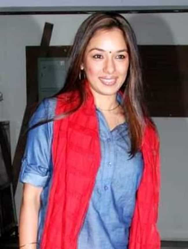 Rupali Ganguly is listed (or ranked) 4 on the list Parvarrish - Kuchh Khattee Kuchh Meethi Cast List