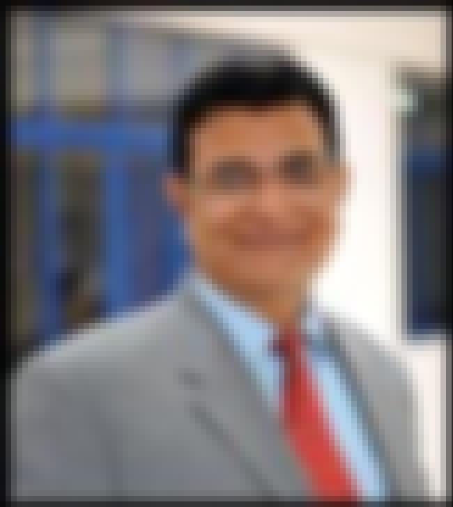 Sat Parashar is listed (or ranked) 4 on the list Famous Delhi School Of Economics Alumni