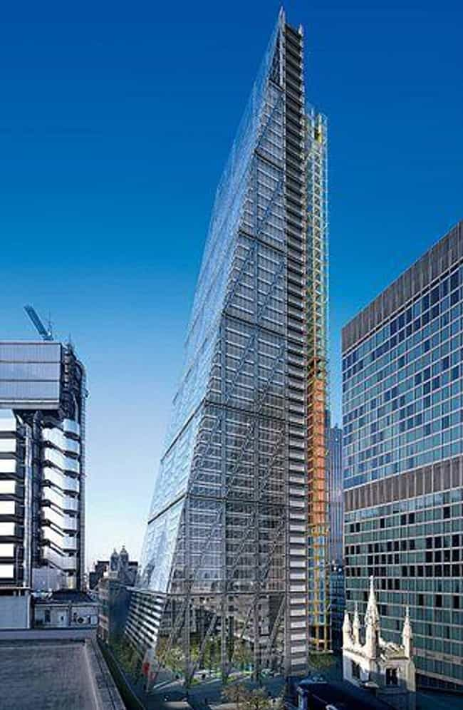 122 Leadenhall Street is listed (or ranked) 2 on the list List of Famous City of London Buildings & Structures