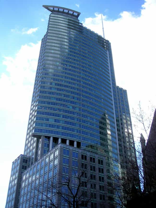 1250 René-Lévesque is listed (or ranked) 3 on the list List of Famous Montreal Buildings & Structures