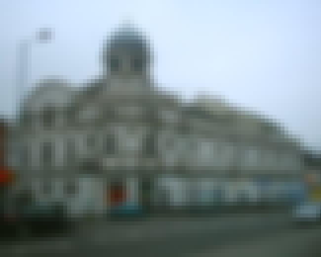 Abbeydale Picture House is listed (or ranked) 4 on the list List of Famous Sheffield Buildings & Structures