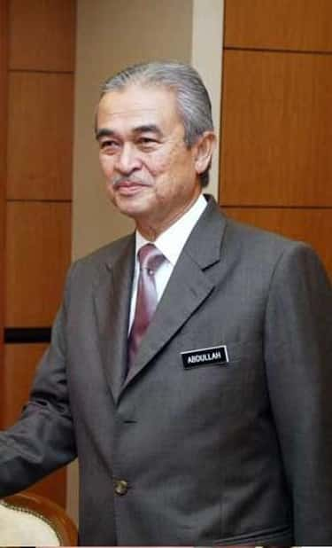 Abdullah Ahmad Badawi is listed (or ranked) 1 on the list Famous Politicians from Malaysia