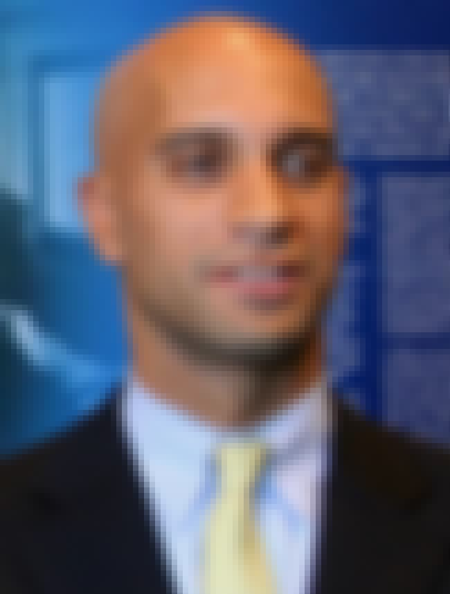 Adrian Fenty is listed (or ranked) 3 on the list Famous Howard University School Of Law Alumni
