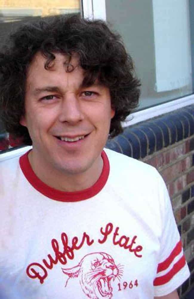 Alan Davies is listed (or ranked) 2 on the list Jonathan Creek Cast List