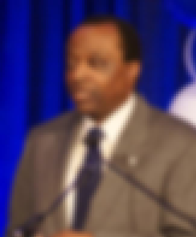 Alan Keyes is listed (or ranked) 3 on the list 9 Conservative Politicians with Gay Kids