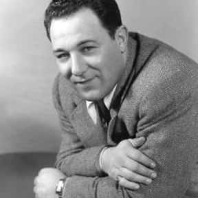 Alan Reed is listed (or ranked) 12 on the list Full Cast of The Jazz Singer Actors/Actresses