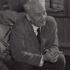 Albert Szent-Györgyi is listed (or ranked) 20 on the list Famous People From Hungary