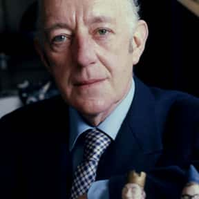 Alec Guinness is listed (or ranked) 13 on the list Famous Theater Actors from England