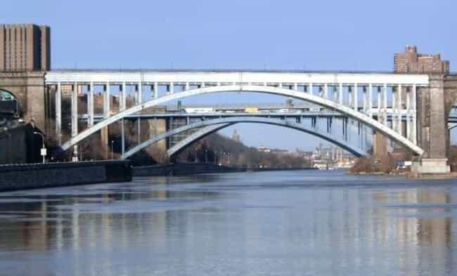 Alexander Hamilton Bridg... is listed (or ranked) 4 on the list Bridges in New York