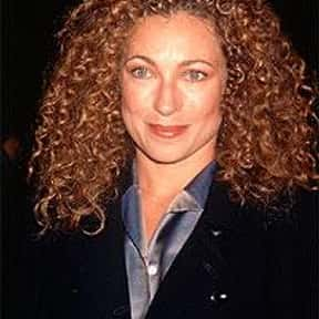 Alex Kingston is listed (or ranked) 3 on the list ER Cast List