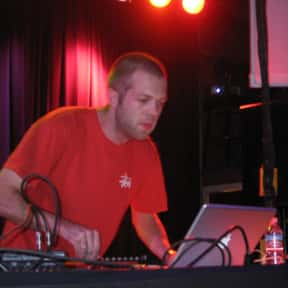 Alex Smoke is listed (or ranked) 2 on the list The Best Microhouse Groups/Artists