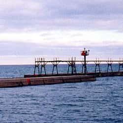 Algoma Pierhead Light