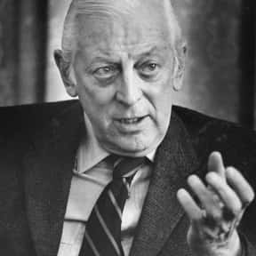 Alistair Cooke is listed (or ranked) 19 on the list List of Famous Journalists