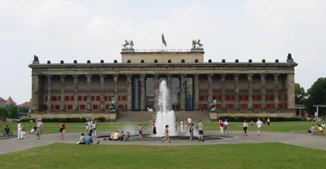 Altes Museum is listed (or ranked) 2 on the list Karl Friedrich Schinkel Architecture
