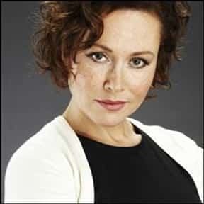 Amanda Mealing is listed (or ranked) 1 on the list Strike Back Cast List