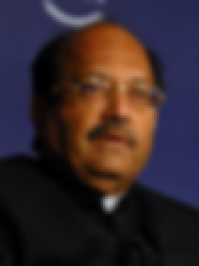 Amar Singh is listed (or ranked) 4 on the list Famous St. Xavier's College, Calcutta Alumni