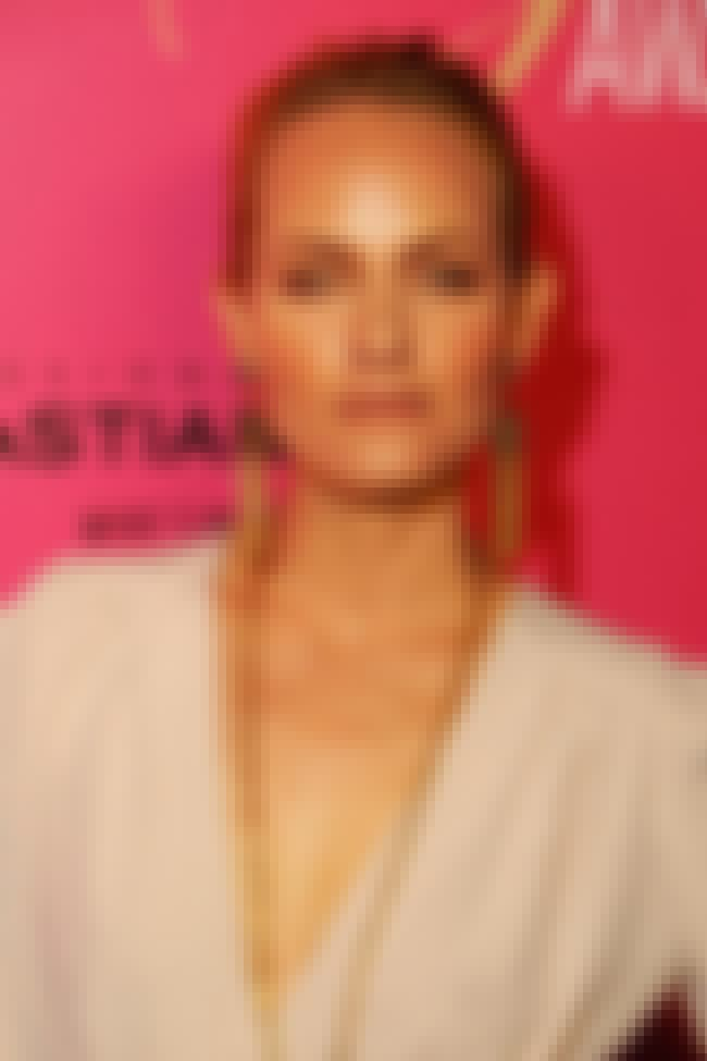 Amber Valletta is listed (or ranked) 1 on the list Famous Booker T. Washington High School Alumni