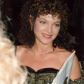 Amy Irving is listed (or ranked) 3 on the list Full Cast of Yentl Actors/Actresses