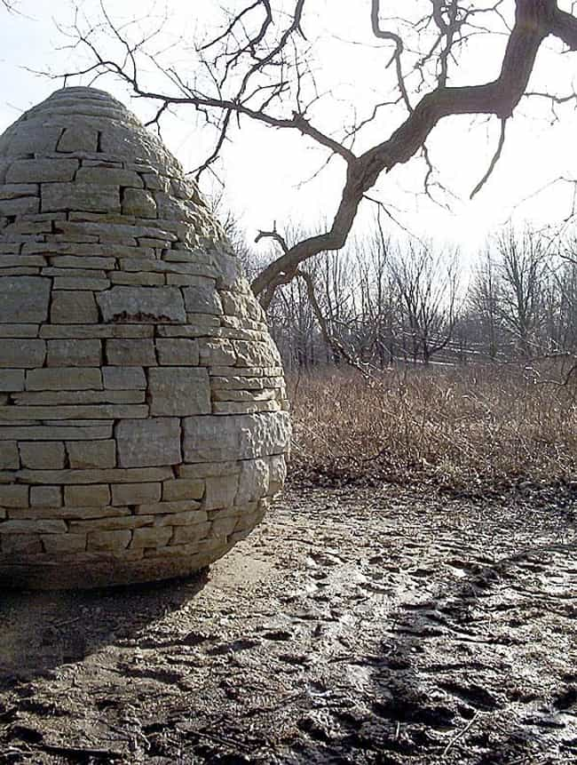 Andy Goldsworthy is listed (or ranked) 1 on the list Famous Land Art Artists