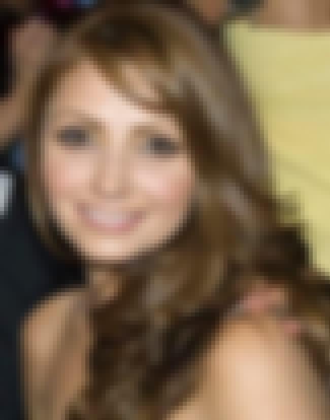 Angélica Rivera is listed (or ranked) 3 on the list Destilando amor Cast List
