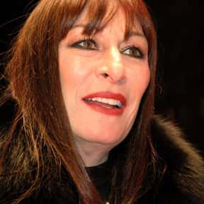 Anjelica Huston is listed (or ranked) 3 on the list Golden Apple Most Cooperative Actress Winners