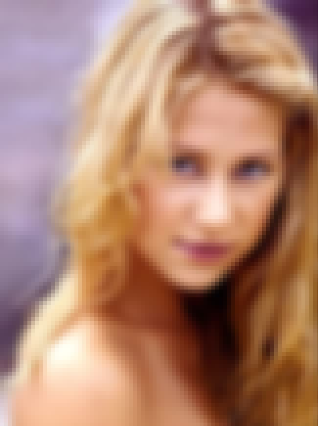 Anna Kournikova is listed (or ranked) 5 on the list Famous People Born in 1981