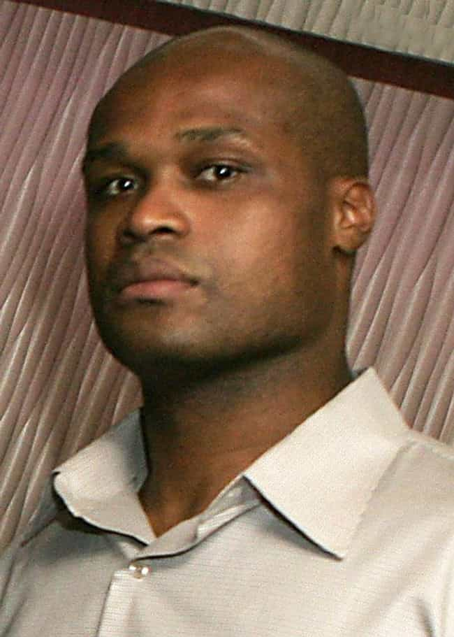 Antoine Walker is listed (or ranked) 4 on the list Famous Mount Carmel High School Alumni