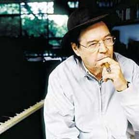 Antônio Carlos Jobim is listed (or ranked) 6 on the list Famous Guitarists from South America
