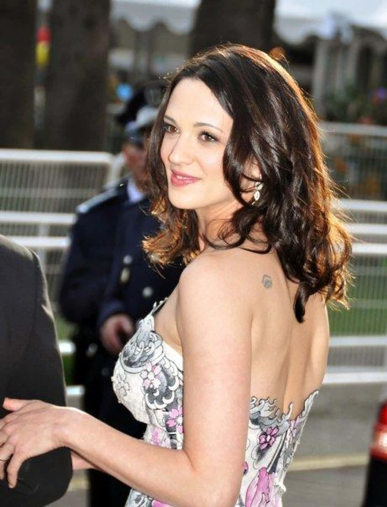 Asia Argento is listed (or ranked) 1 on the list Women Who Jonathan Rhys Meyers Has Dated