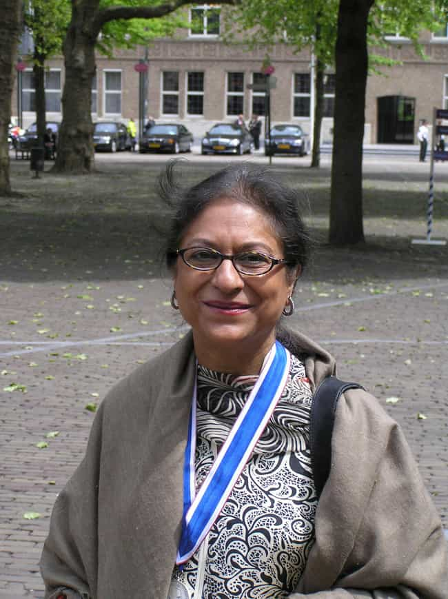 Asma Jahangir is listed (or ranked) 4 on the list Famous Female Civil Rights Activists