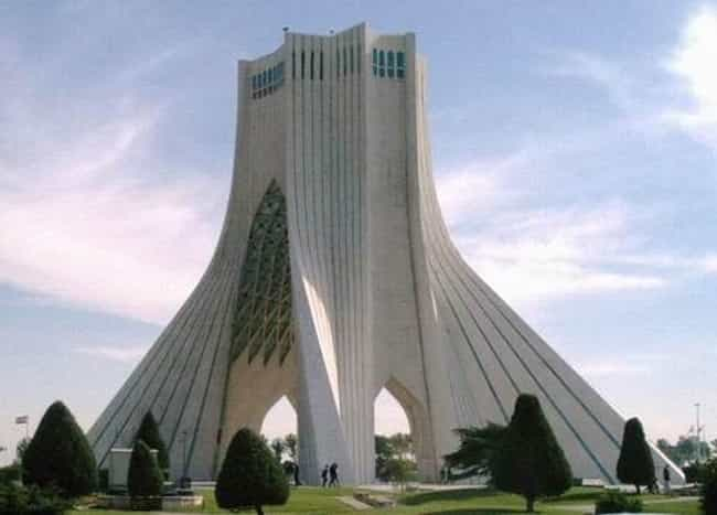 https://imgix.ranker.com/node_img/27/520219/original/azadi-tower-building-attractions-photo-1?w=650&q=50&fm=jpg&fit=crop&crop=faces