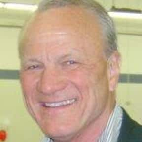 Barry Switzer is listed (or ranked) 22 on the list Full Cast of Varsity Blues Actors/Actresses