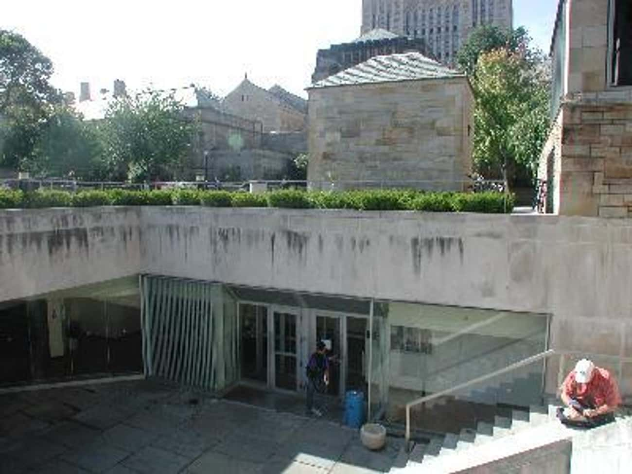 Bass Library is listed (or ranked) 4 on the list List of Famous New Haven Buildings & Structures