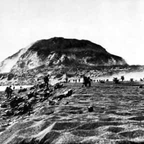 Battle of Iwo Jima is listed (or ranked) 21 on the list World War II Battles Involving the United States Of America
